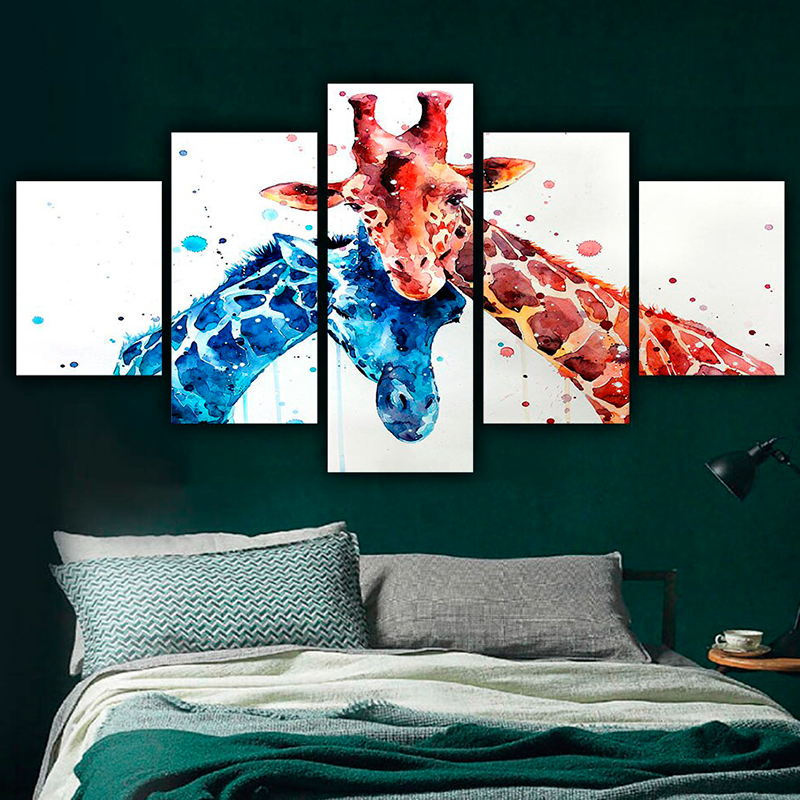 5-Panel-Colorful-Giraffe-Canvas-Print-interior